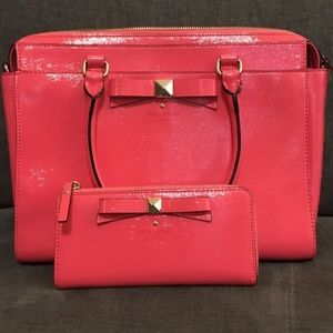 Beacon Court Jeanne and Nisha Wallet (strawberry)